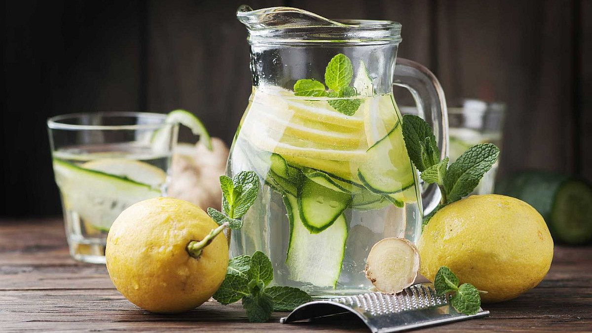 Detoks napitak od samo 5 sastojka za dobro zdravlje i savršen obim struka