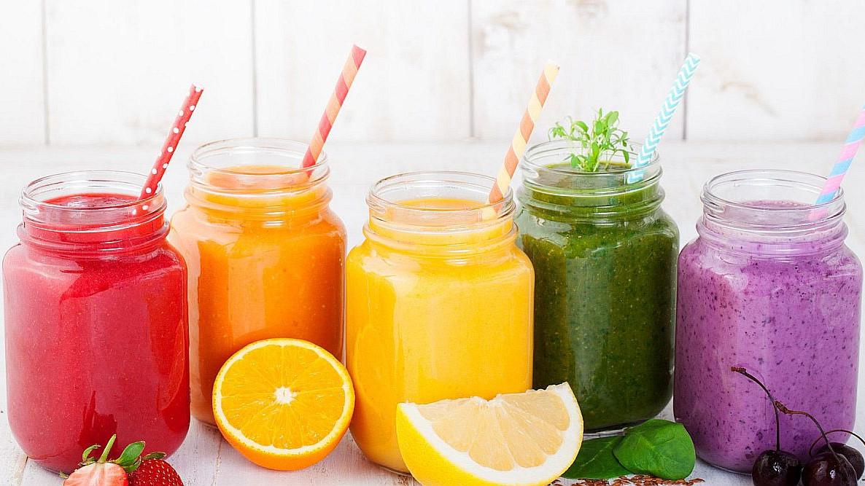 Pet osvježavajućih napitaka koji pomažu kod gubljenja kilograma