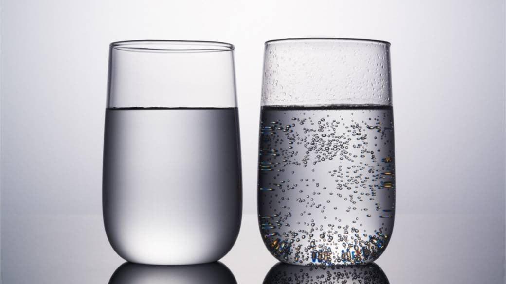 Da li mineralna voda hidrira isto kao i obična?