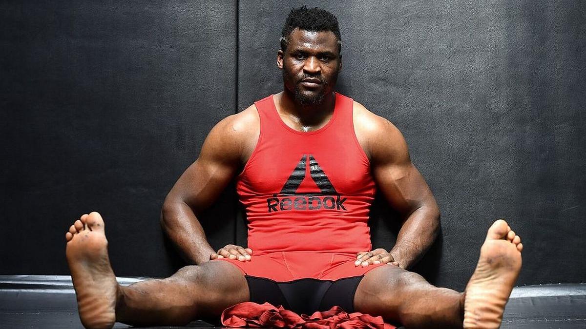 Kamerunska zvijer će vam pomoći da izgradite ogromne noge, samo pratite njegove upute
