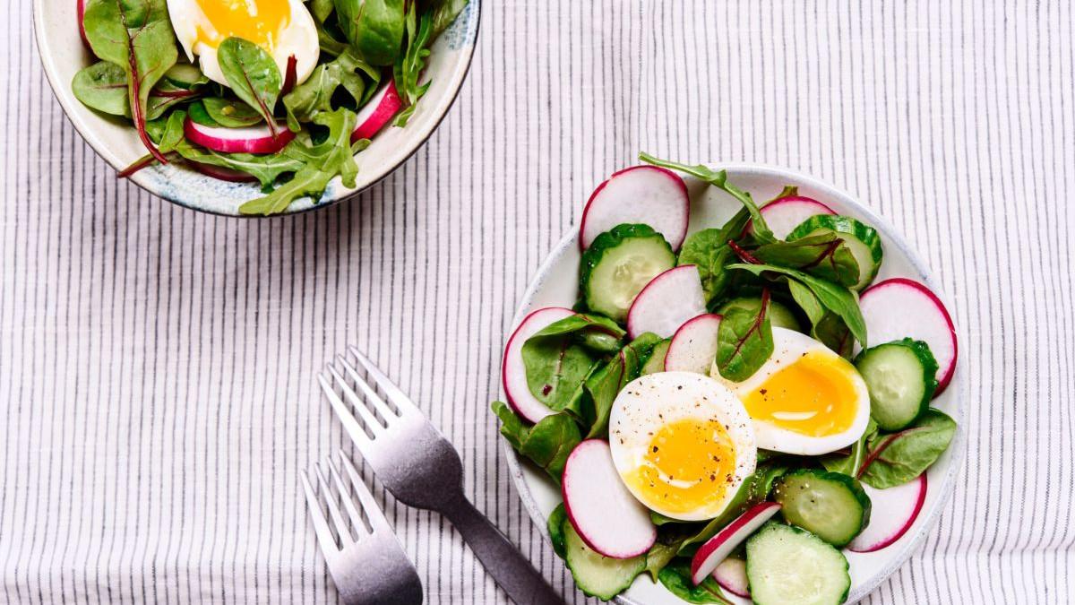 Dijeta s kuhanim jajima: Pomaže li u gubitku kilograma?