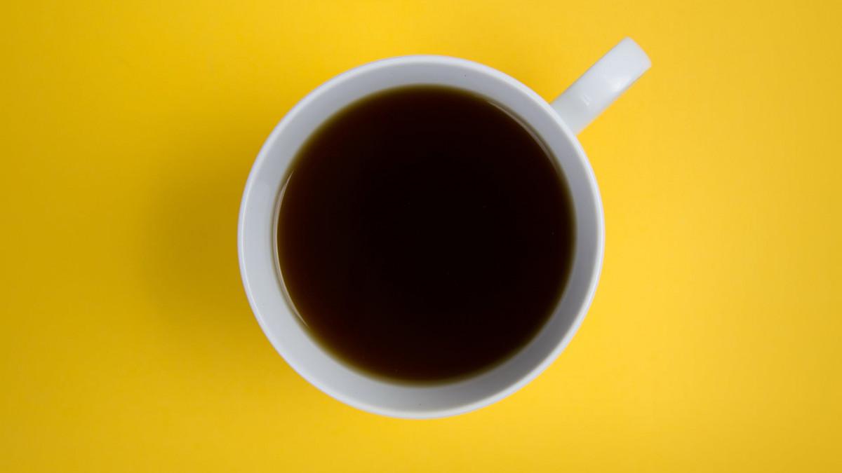 Da li kafa uzrokuje akne?