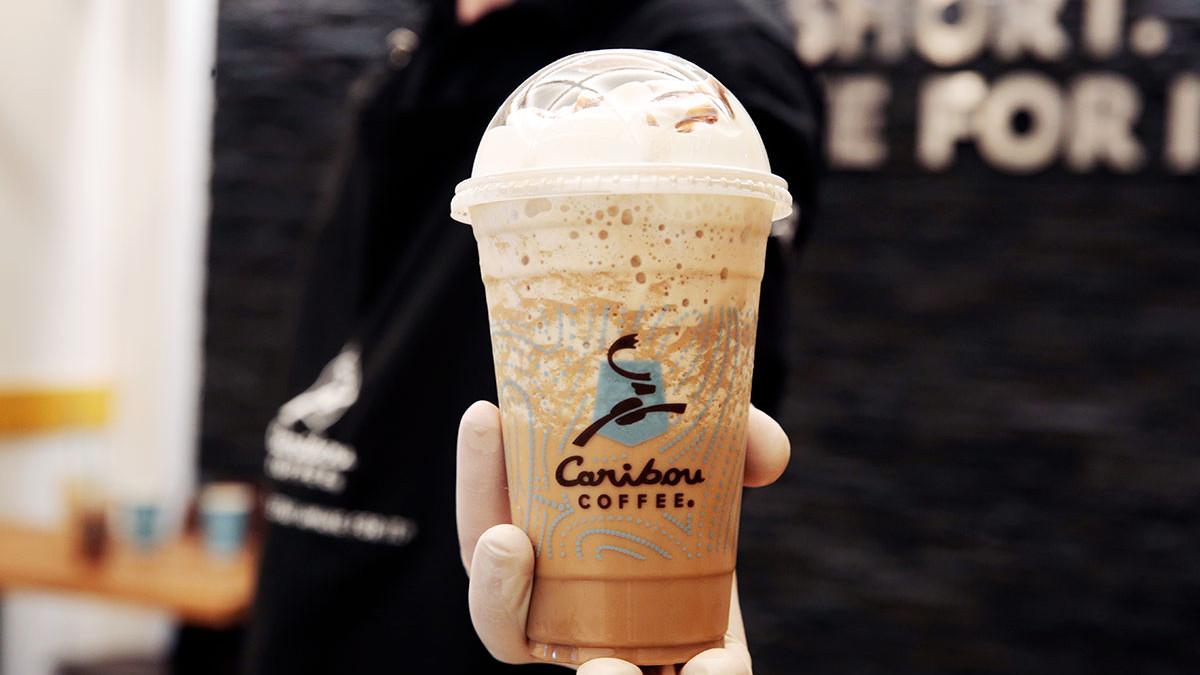 Uživajte u unikatnim i brendiranim proizvodima u prvom Caribou Coffeu u Sarajevu