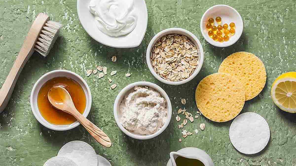 Napravite sami: Domaći recepti pilinga za masnu kožu od sastojaka koje već imate kući
