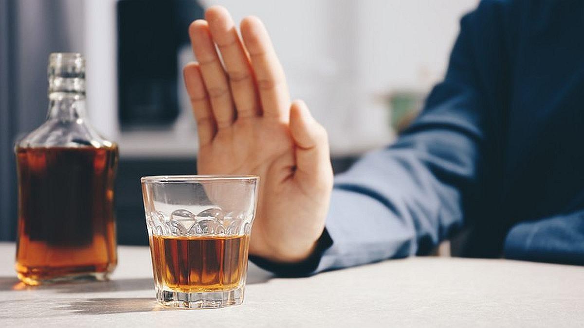 Kvalitetniji san i čista koža: Šta će se desiti vašem tijelu ako prestanete piti alkohol?