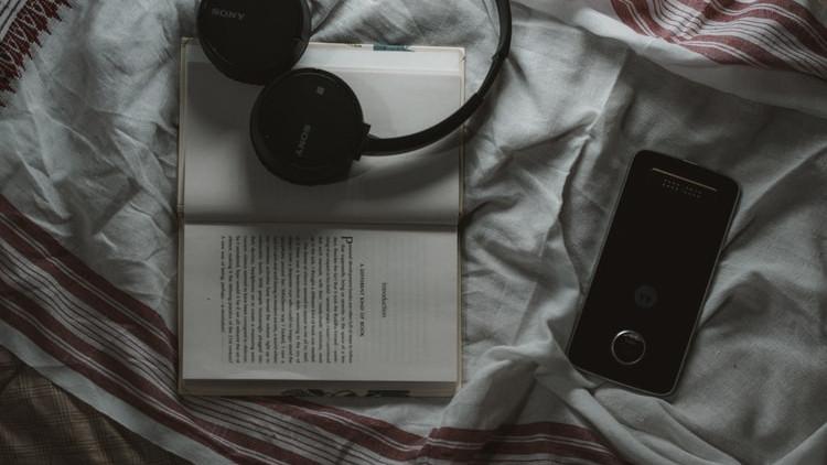 Zašto ne trebate koristiti telefon prije spavanja?