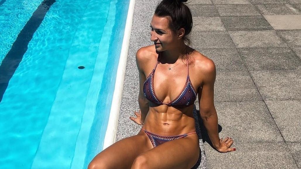 Neodoljiva Eva raspametila fanove na Instagramu svojim trbušnim mišićima
