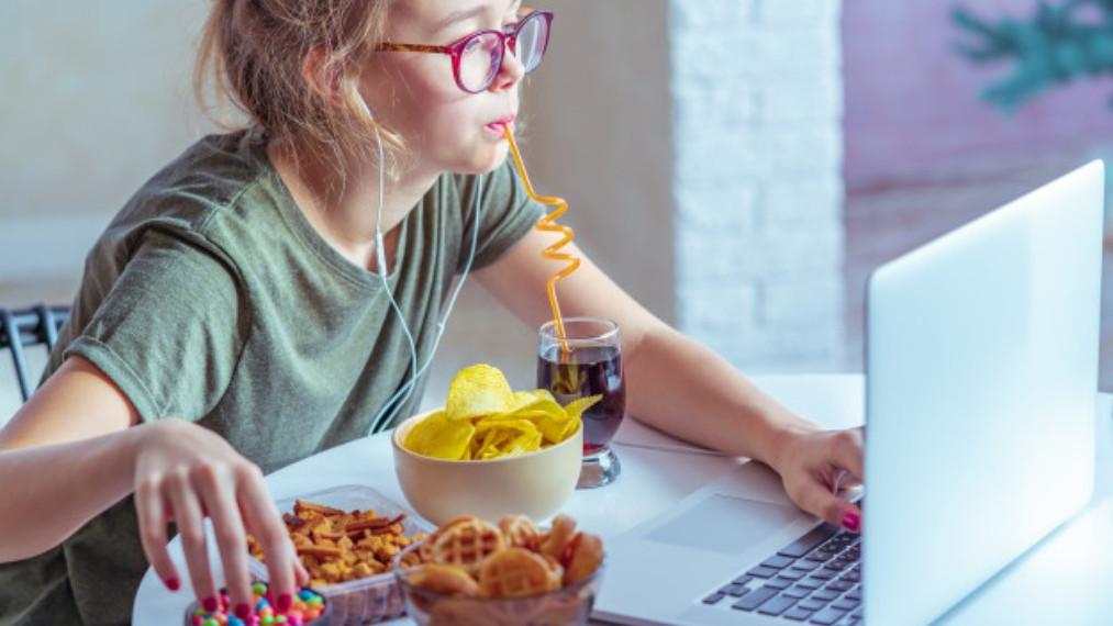 Kako znati da li emocije kontrolišu vašu ishranu?