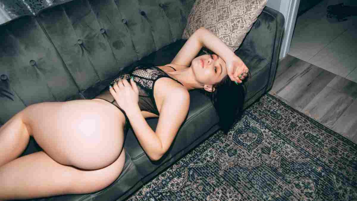 Njena perfektna figura krasi naslovnice poznatih časopisa, a svojim fotkama Anna izluđuje fanove