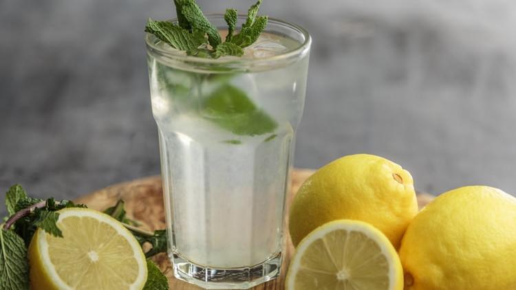 Ljetni napitak za sve: Koje su zdravstvene koristi limunade?