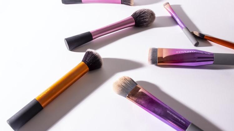 Kako i koliko često čistiti četkice za šminku?