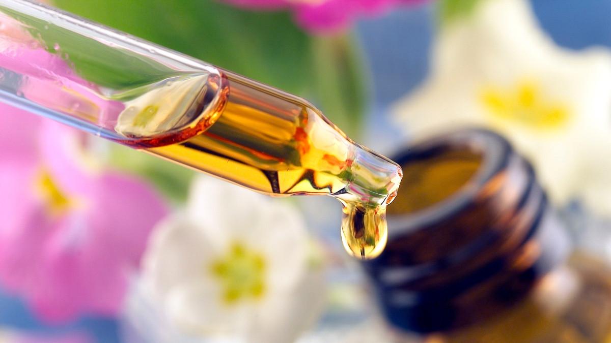 Eterična ulja koja će vam pomoći da lakše zaspite