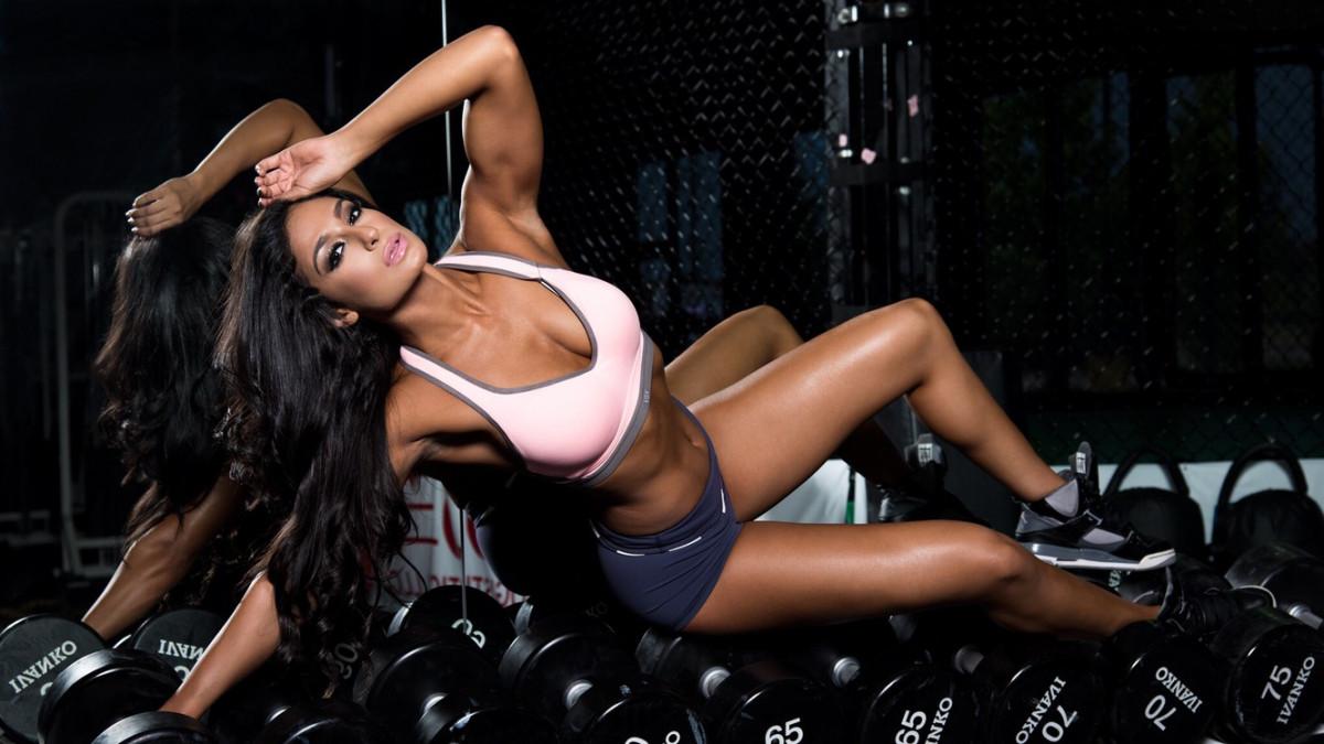 Od mršavice do zgodne fitness trenerice: Valia pršti od seksipila