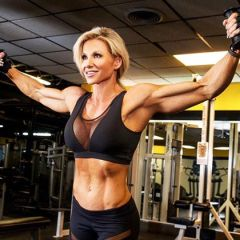 Mama fitness prvakinja sa 50 postala IFBB PRO