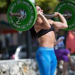 Dama od čelika diže svoju četverostruku težinu