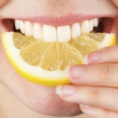 Snaga prirode: Izbijelite zube bez stomatologa