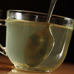 Šest sjajnih beneficija: Zašto piti vodu s medom?