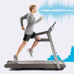 Traka za trčanje koja bira muziku zavisno od tempa