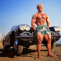 Jedan je Tom Platz: 23 čučnja sa 238 kg tereta