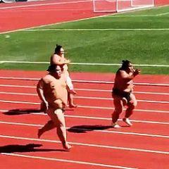 Urnebesno: Sumo hrvači u sprint utrci