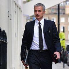 Top 10 najbolje odjevenih fudbalskih menadžera