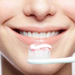 Kako spasiti zube: Navike koje treba promijeniti