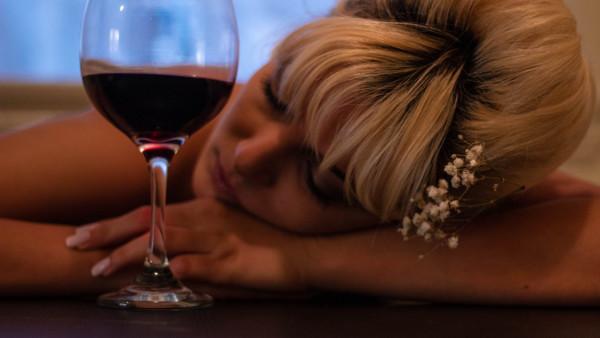 Kako je alkohol povezan s gubitkom pamćenja?